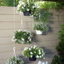DIY Flower Garden Ideas 6 214x214 - 35+ Easy DIY Flower Garden Ideas