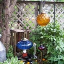 DIY Garden Globes 14 214x214 - 30+ Super Interesting DIY Garden Globes Ideas