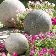 DIY Garden Globes 15 214x214 - 30+ Super Interesting DIY Garden Globes Ideas