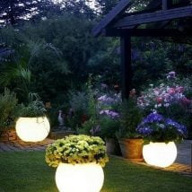 DIY Garden Globes 22 214x214 - 30+ Super Interesting DIY Garden Globes Ideas