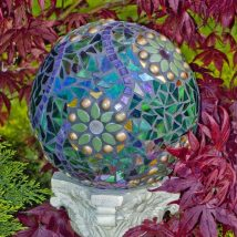 DIY Garden Globes 6 214x214 - 30+ Super Interesting DIY Garden Globes Ideas