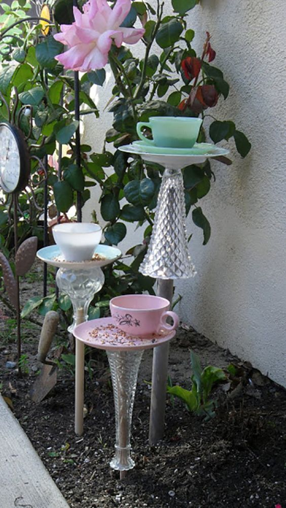 30+ Cute DIY Bird Bath Ideas To Enhance Your Garden