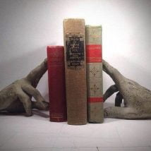 Diy Bookend Ideas 18 214x214 - 30+ Decorative DIY Bookends To Spruce Up Your Shelves