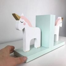 Diy Bookend Ideas 28 214x214 - 30+ Decorative DIY Bookends To Spruce Up Your Shelves