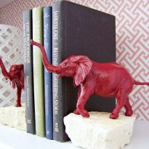 Diy Bookend Ideas 6 214x214 - 30+ Decorative DIY Bookends To Spruce Up Your Shelves