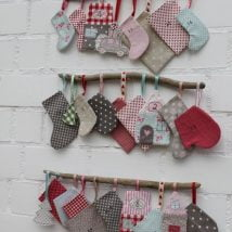 Diy Christmas Stockings 32 214x214 - 33+ DIY Christmas Stockings Ideas For Everyone In The Family