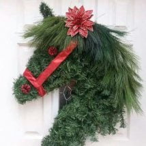 Diy Christmas Wraths 21 214x214 - 35+ Gorgeous DIY Christmas Wreath Ideas to Decorate Your Holiday Season
