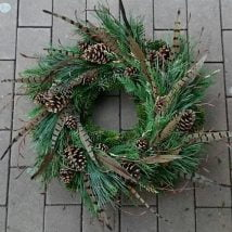 Diy Christmas Wraths 23 214x214 - 35+ Gorgeous DIY Christmas Wreath Ideas to Decorate Your Holiday Season