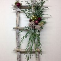 Diy Christmas Wraths 27 214x214 - 35+ Gorgeous DIY Christmas Wreath Ideas to Decorate Your Holiday Season