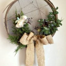 Diy Christmas Wraths 30 214x214 - 35+ Gorgeous DIY Christmas Wreath Ideas to Decorate Your Holiday Season