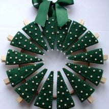 Diy Christmas Wraths 35 214x214 - 35+ Gorgeous DIY Christmas Wreath Ideas to Decorate Your Holiday Season
