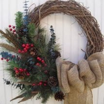 Diy Christmas Wraths 4 214x214 - 35+ Gorgeous DIY Christmas Wreath Ideas to Decorate Your Holiday Season