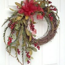 Diy Christmas Wraths 6 214x214 - 35+ Gorgeous DIY Christmas Wreath Ideas to Decorate Your Holiday Season