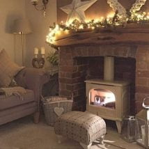 Diy Fireplace Designs 32 214x214 - 25+ Beautiful DIY Ideas For Your Fireplace