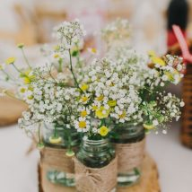 diy flower vases 17 214x214 - 30+ Chic DIY Vases As Pretty As The Flowers Themselves