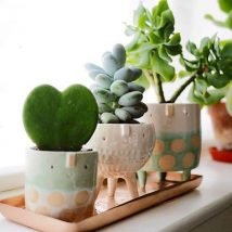 diy flower vases 30 214x214 - 30+ Chic DIY Vases As Pretty As The Flowers Themselves